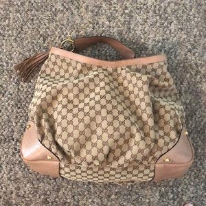 Authentic Gucci oversized shoulder bag.